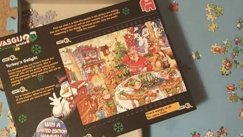 Wasgij puzzle – Christmas 2 in 1 Turkey's Delight review
