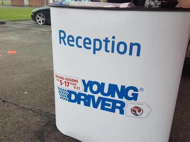 Young driver reception sign
