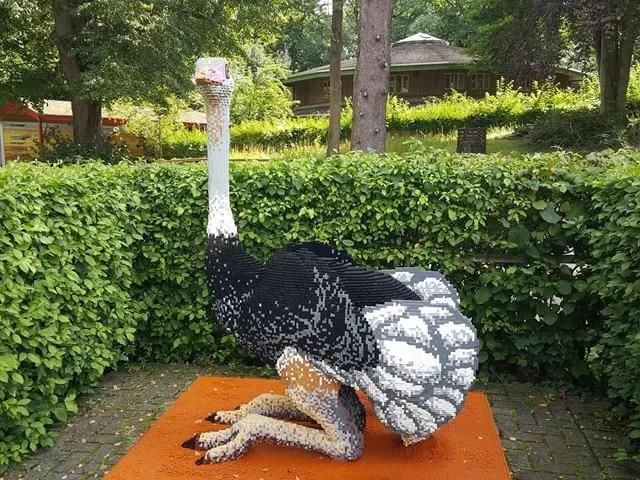 lego ostrich