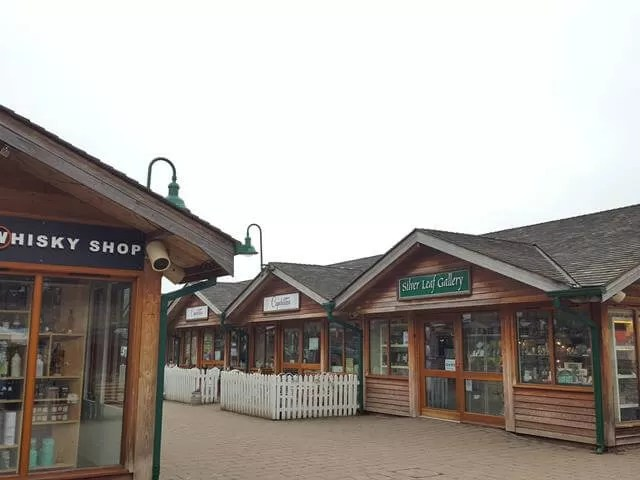 trentham shopping village