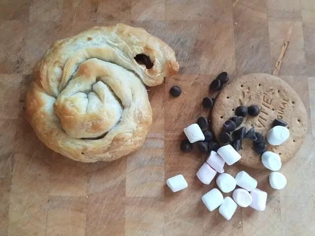 flatlay pastry swirl