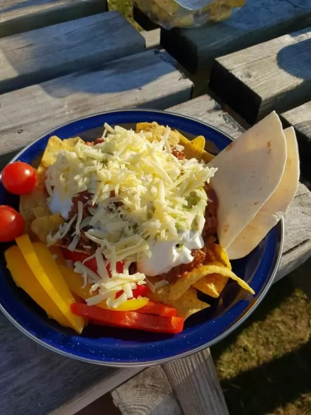 chilli and nachos for camping