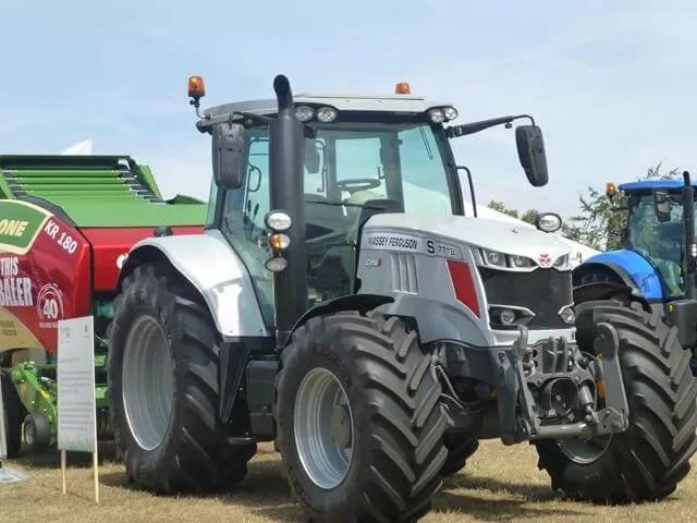 silver case tractor