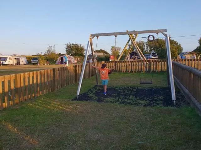 wf campsite swings