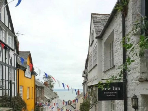 Visiting Clovelly = bubbablue and me