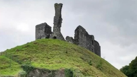 Okehampton Castle visit and riverside walk
