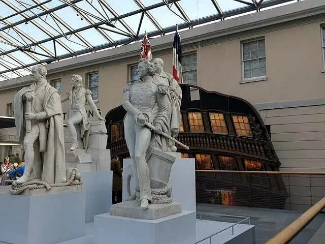 statues in national maritime museum
