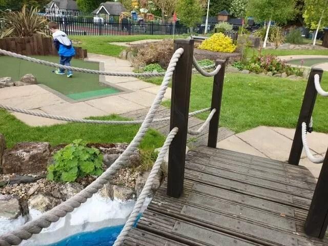 st nicholas park golden putter golf