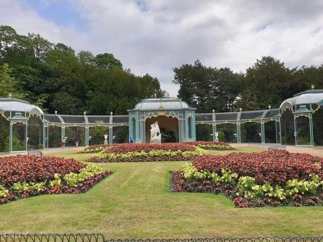 waddesdon aviary flowers