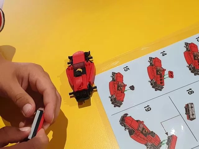 creative lego workshop car