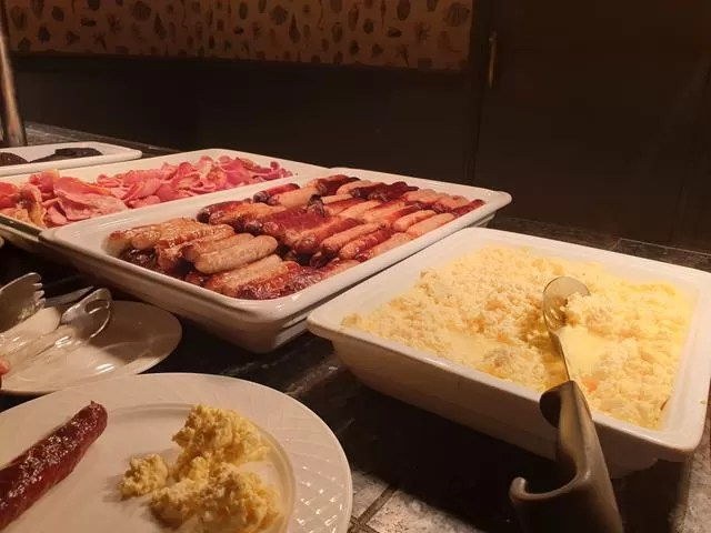 imperial hotel hot breakfast buffet