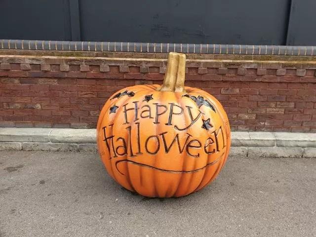 halloween pumpkin at Drayton Manor