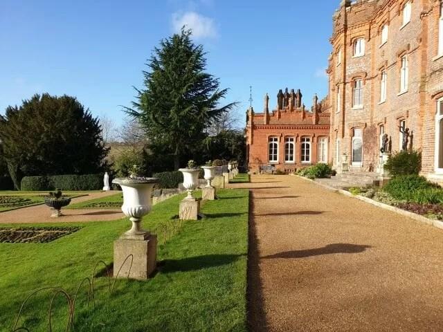 row of flower urns outside the back of Hughenden Manor