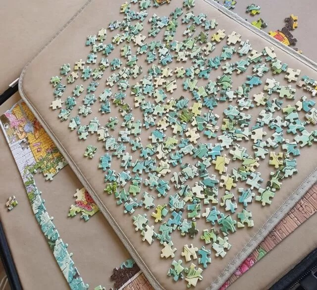 a lot of green puzzle