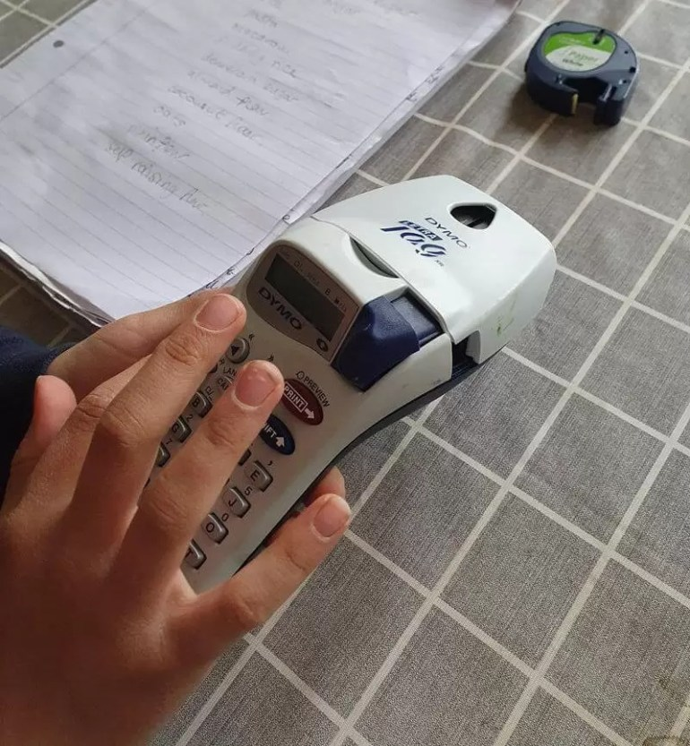 using a dymo label makers