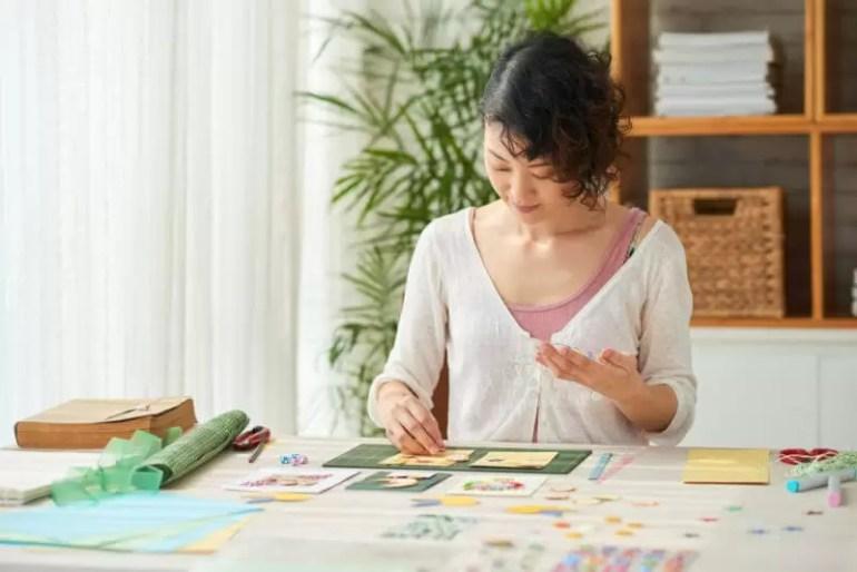 girl papercrafting