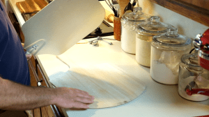 aluminum pizza peel and wooden pizza peel