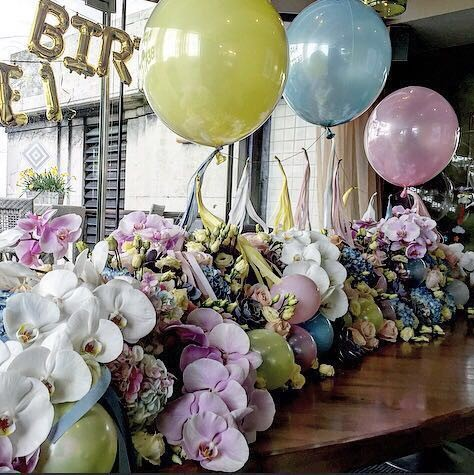 Bubblegum Balloons with Early Hours and Dazzle and Fizz