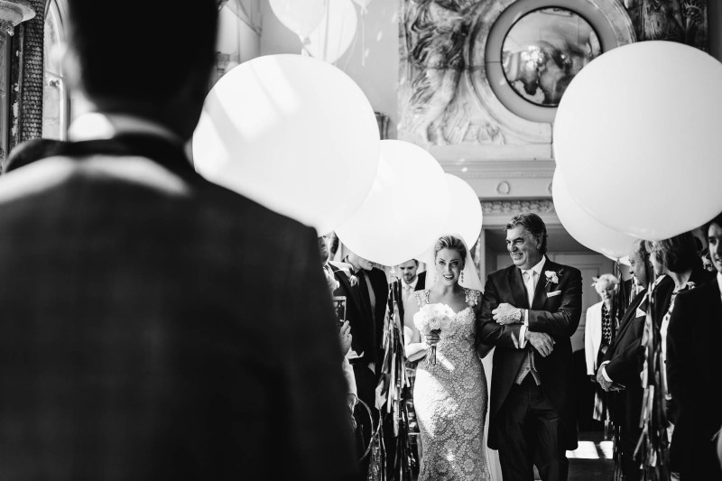 Bubblegum Balloons at Aynhoe Park, Aaron Storry Photography