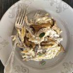 Pasta met gemengde paddestoelen en ricotta