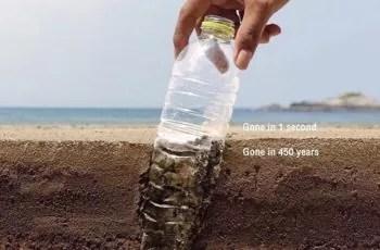 plastic-bottles-vs-reusable-bubi-bottle