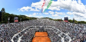 INTERNAZIONALI D'ITALIA: MEDIASET TRASMETTE IL MEGLIO DEL TENNIS CON UNA COMMENTATRICE SPECIALE
