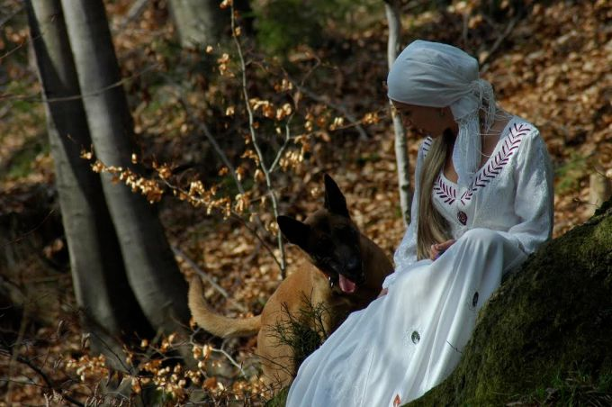 Maria Bucardi z Shila.jpg