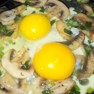 Omleta cu ciuperci. Reteta trimisa de Florian Tudose.