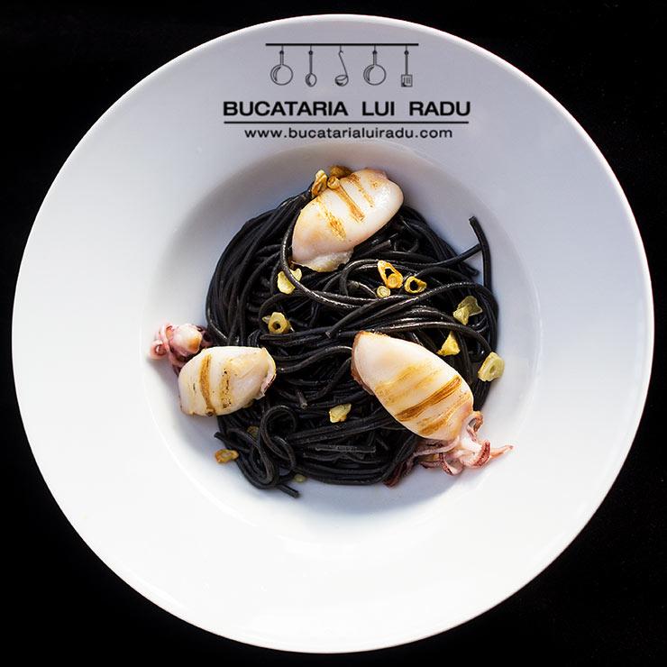 spaghete negre cu calamari