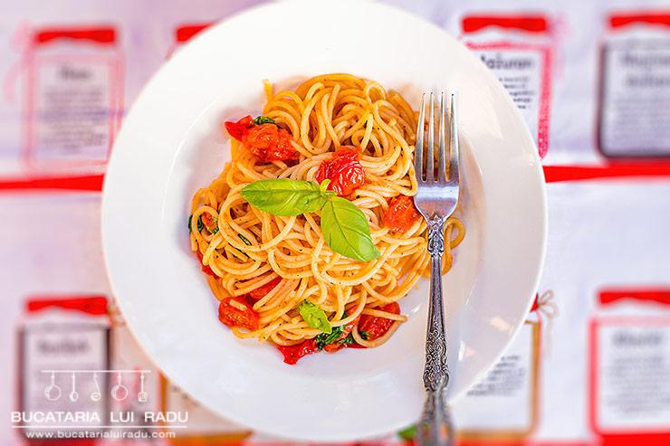 reteta spaghete cu rosii cherry