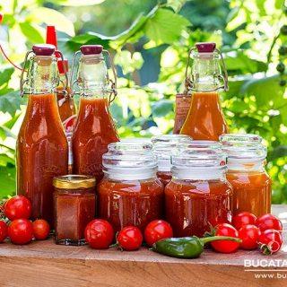 Reteta de ketchup de casa. Picant sau dulce dupa cum vreti.