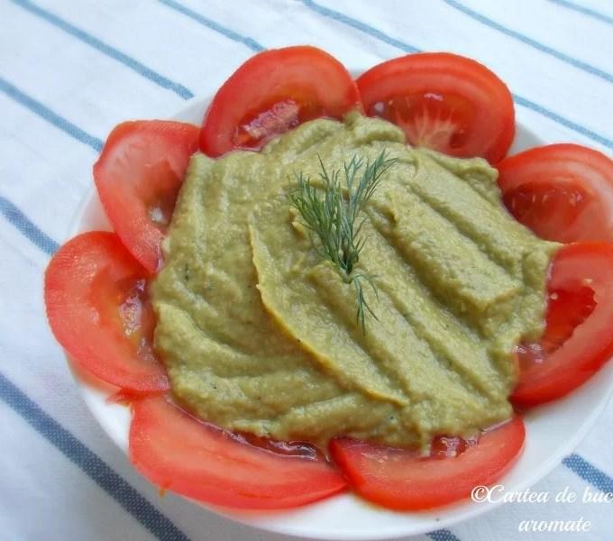 Pastă de fasole verde