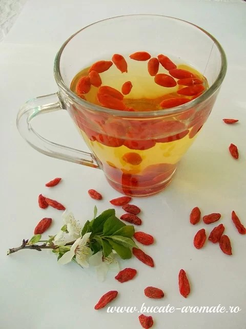Ceai de fructe goji