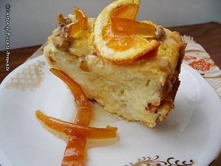 Plăcintă cu iaurt şi portocale