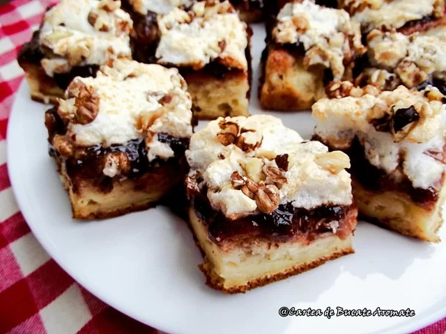 Prăjitură cu gem şi bezea
