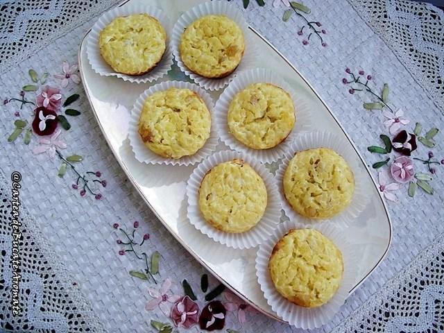 Briose din paste cu branza dulce