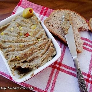 Pate de linte cu măsline verzi