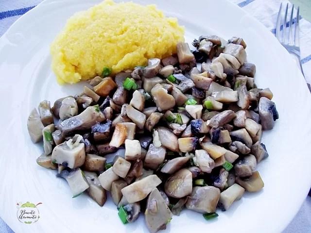 Sote de ciuperci cu usturoi (3)