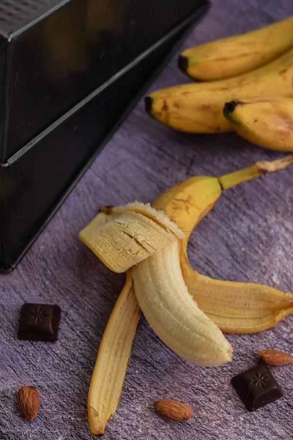 Chec vegan cu banane și migdale