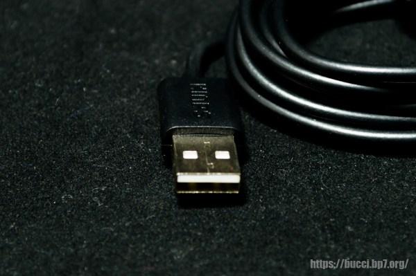 USB 端子側