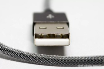 USB Type-A 側