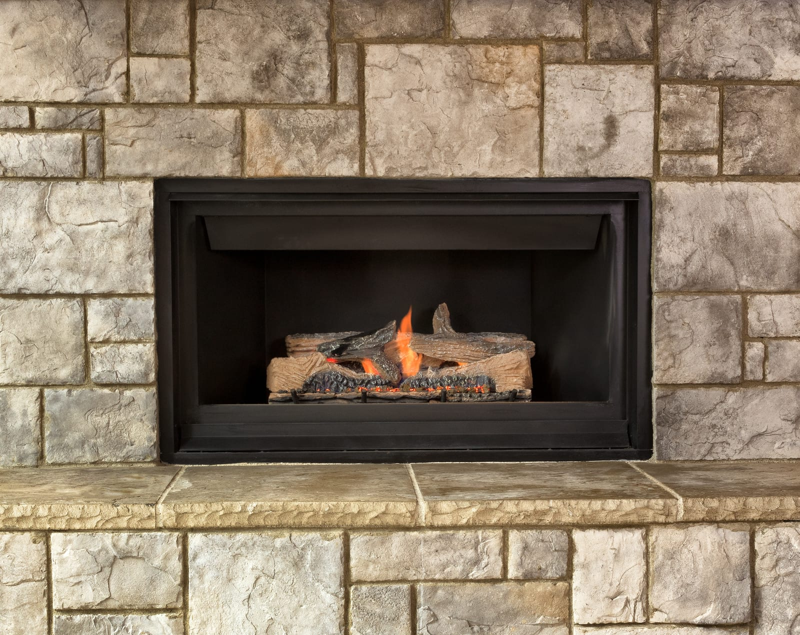 Some Benefits Of Using Gas Logs On Your Fireplace Instead
