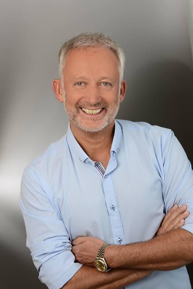 3.12 Dieter R. Fuchs im weihnachtlichen Interview