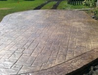Easily Clean Your Concrete Patio