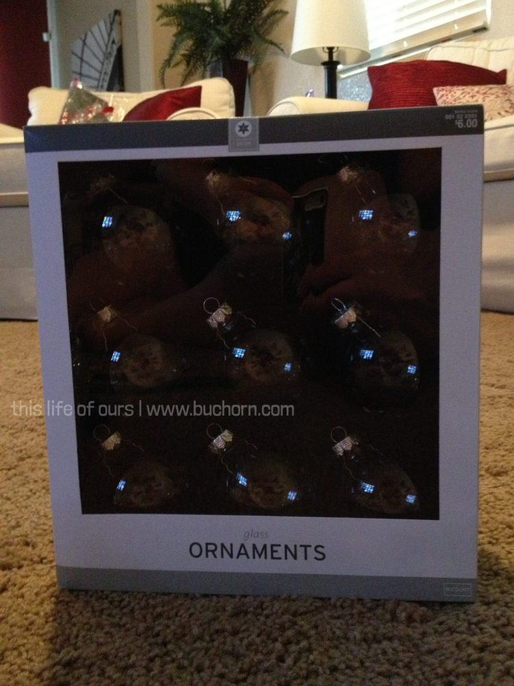 lacey-buchorn-custom-christmas-ornaments-1