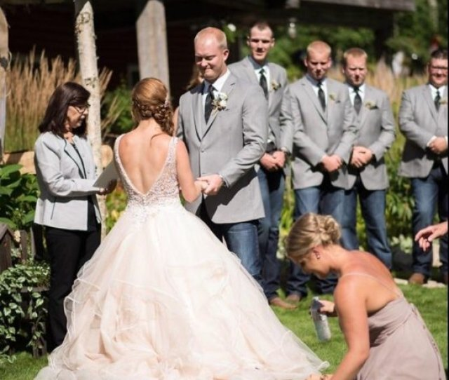 So I Fainted In The Middle Of My Best Friends Wedding Just Got The Pictures Back