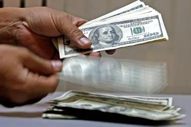 El billete paralelo acumula una suba de $11 en lo que va de este mes y de $27 desde el 15 de septiembre pasado