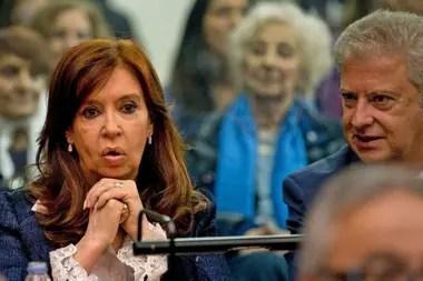 Cristina Kirchner y su abogado, Carlos Beraldi, pidieron que la audiencia sea transmitida por YouTube