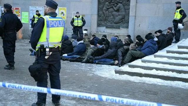 La policía sueca detuvo a un grupo de neonazis en una manifestación no autorizada en enero, en Estocolmo