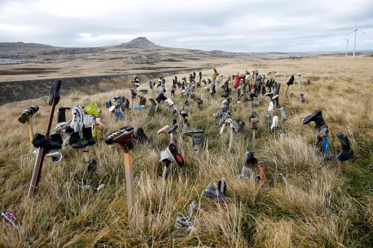 Soldados enterrados como NN en Malvinas e identificados en 2017